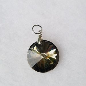 Jewelry - Black Gem Pendant